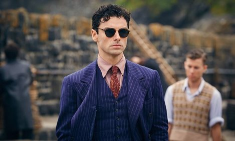 Here_are_loads_of_new_Aidan_Turner_pictures_from_Agatha_Christie_s_And_Then_There_Were_None